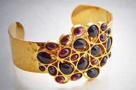 Ювелирные украшения с натуральным гранатом