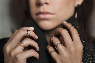 Стильные фаланговые кольца: золотые, серебряные и бижутерия