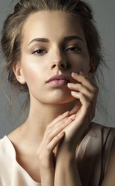 Как сделать идеальный нюдовый макияж: несколько важных секретов