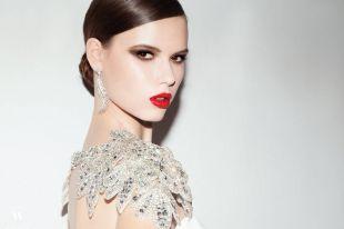 Вечерние и свадебные платья с камнями