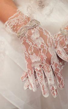 Как выбрать красивые свадебные перчатки