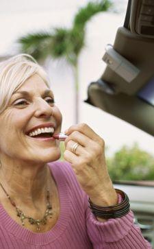 Когда слегка за 45: возрастной макияж как инструмент омоложения