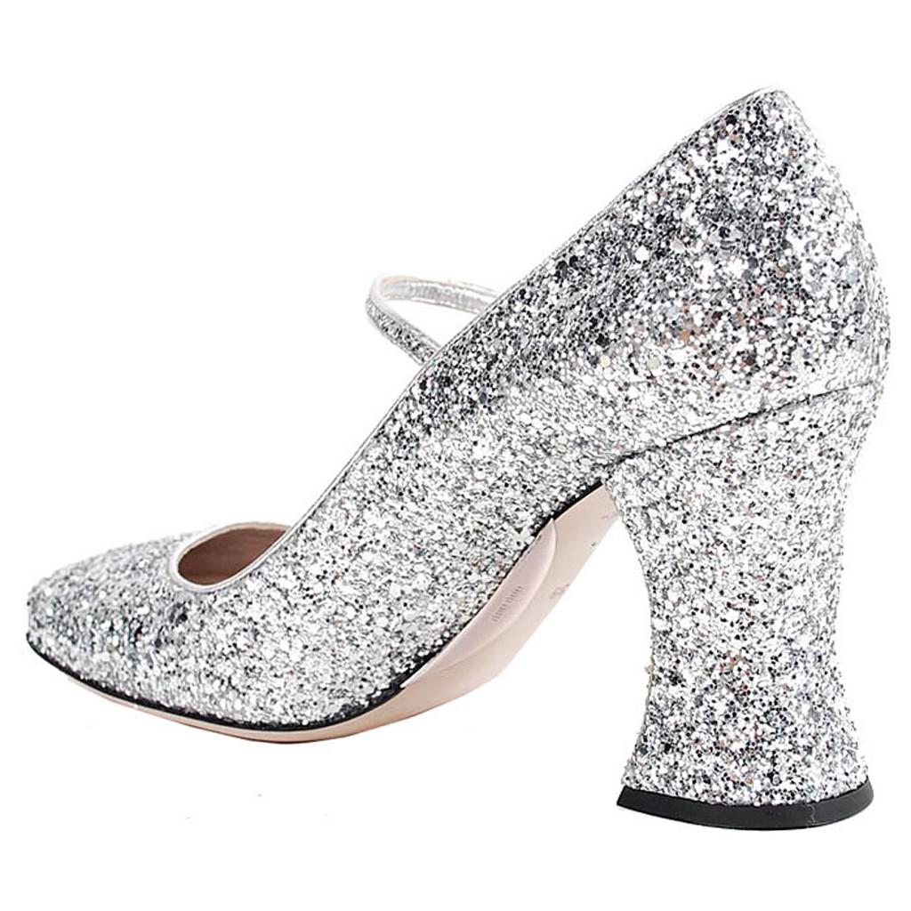Туфли с необычным каблуком
