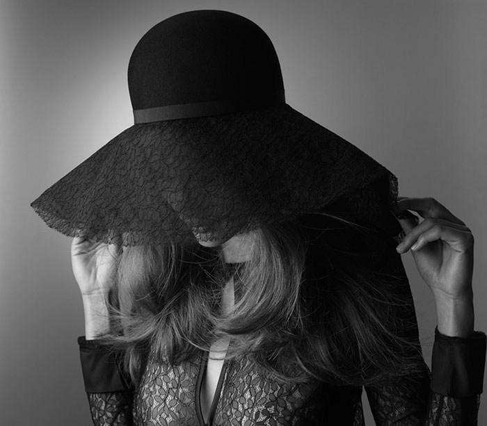 Шляпа от Maison Michel