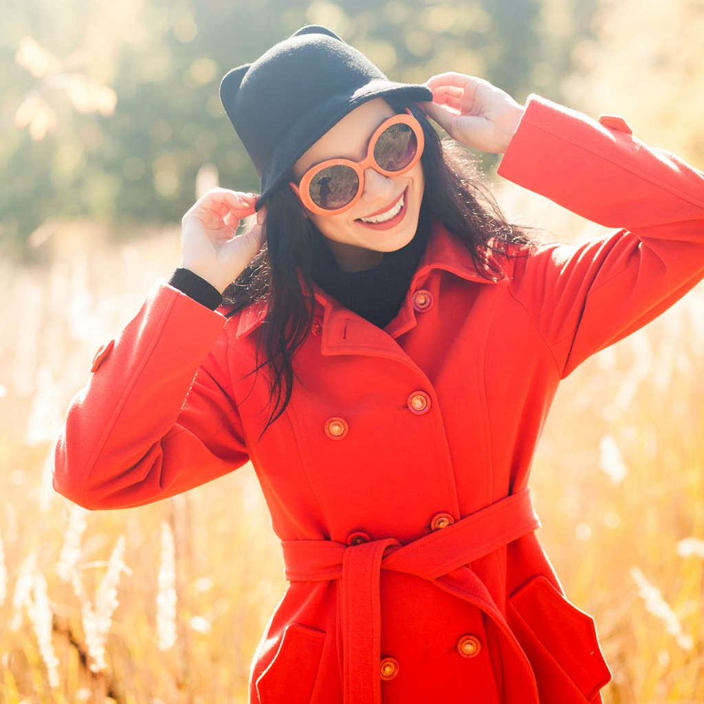 Классическое красное пальто