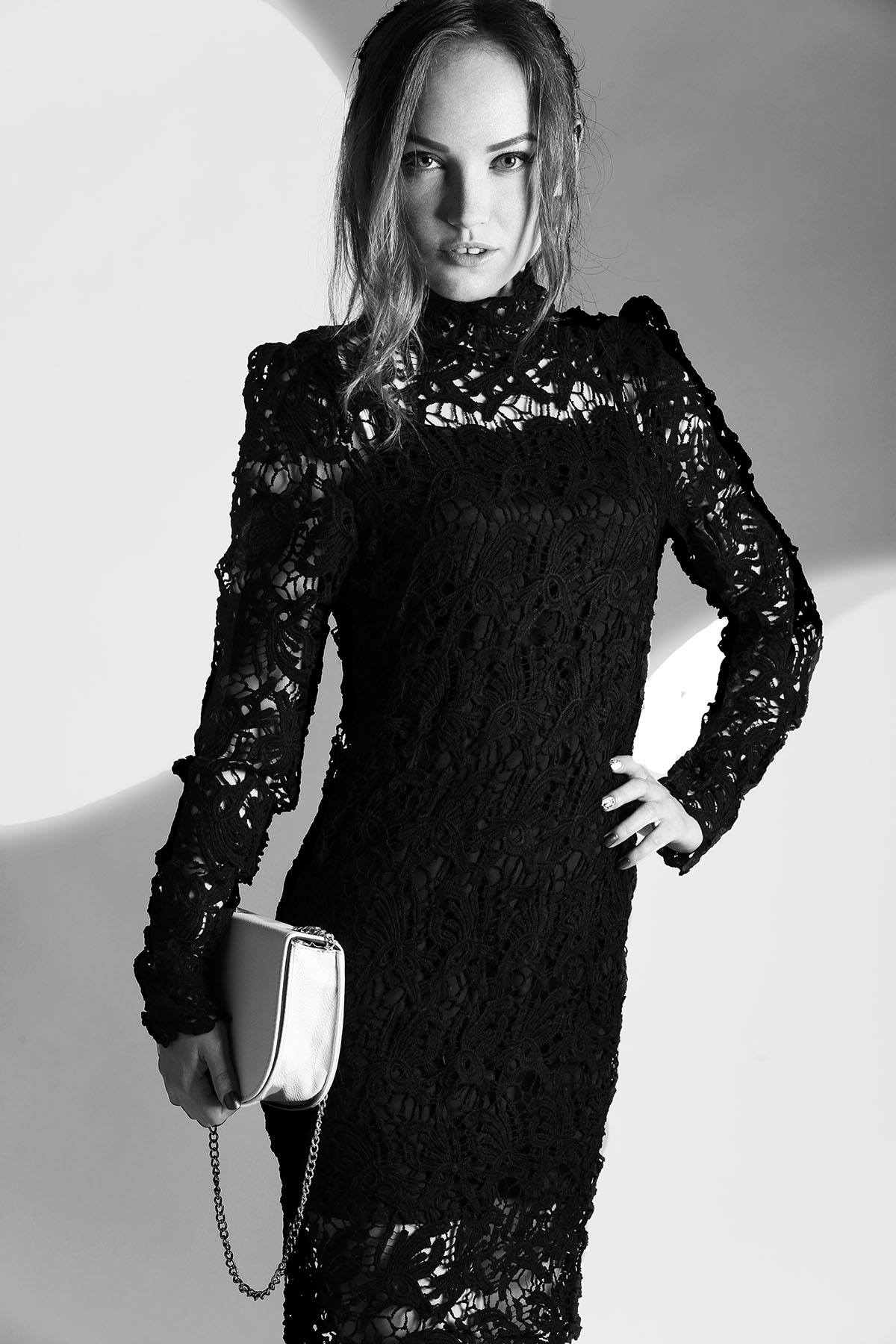 7cbf145acfa Платье Черное с Кружевом Прямое