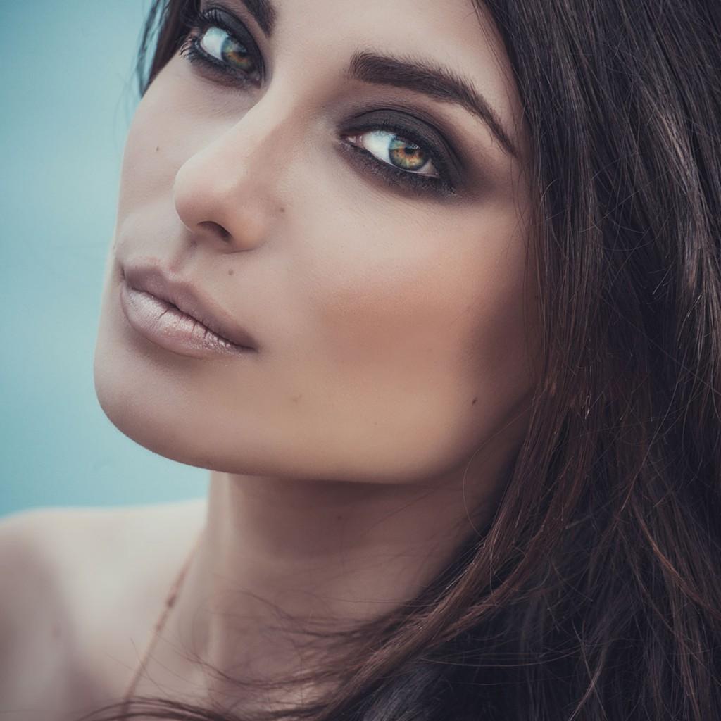 Модный макияж с акцентом на глаза
