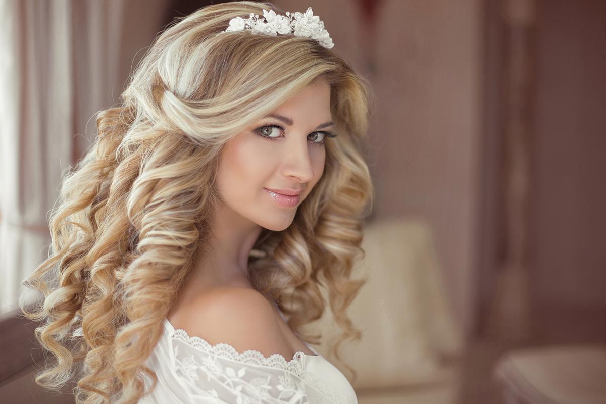 Простая свадебная прическа длинные волосы