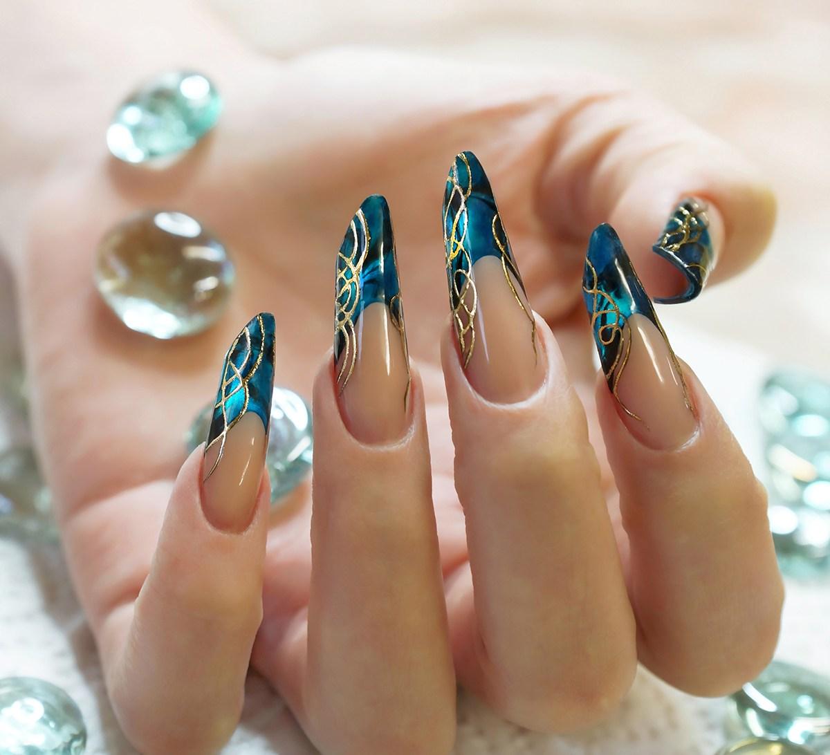 Фото дизайн длинных нарощенных ногтей