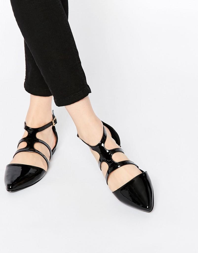 Стильные черные лакированные балетки