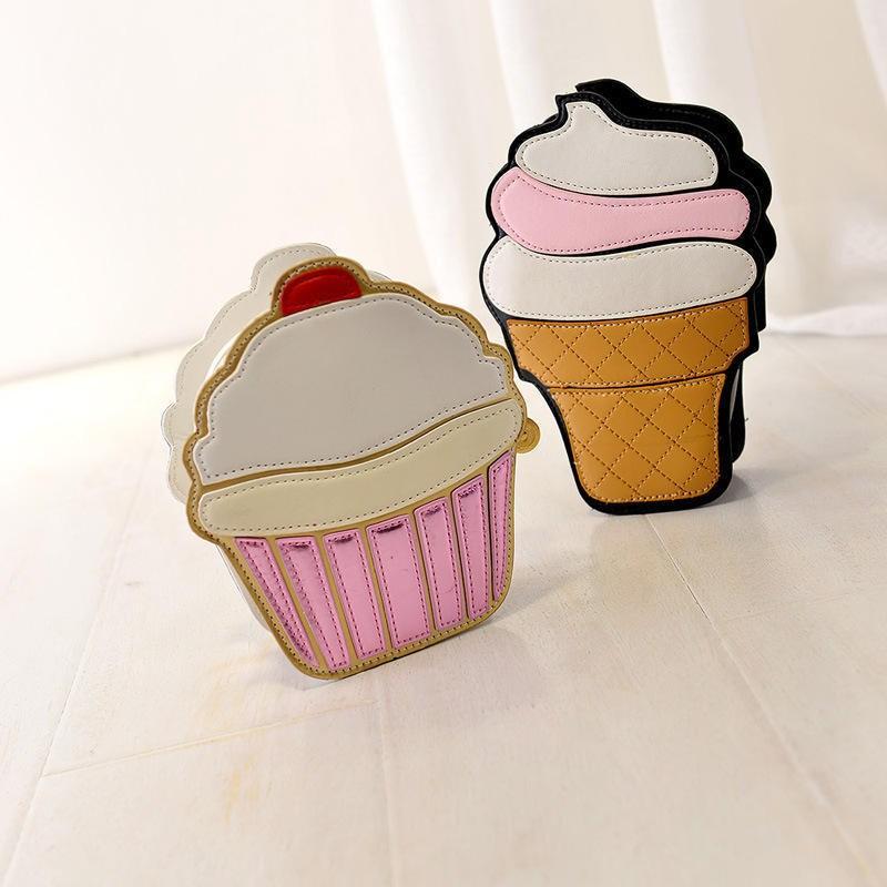 Сумки в форме пирожных