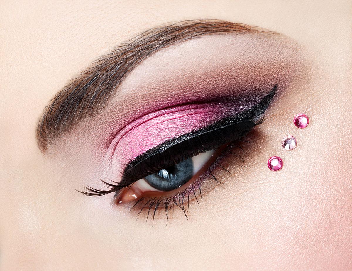 Разный и красивый макияж