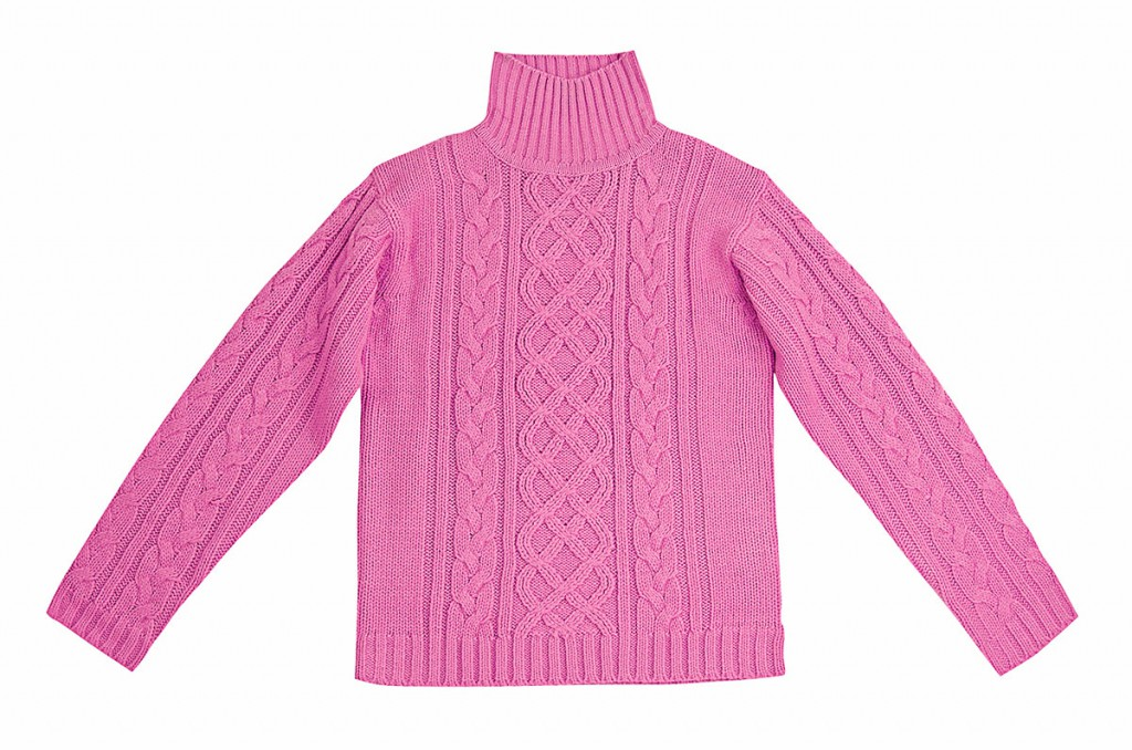 Розовый трикотажный свитер