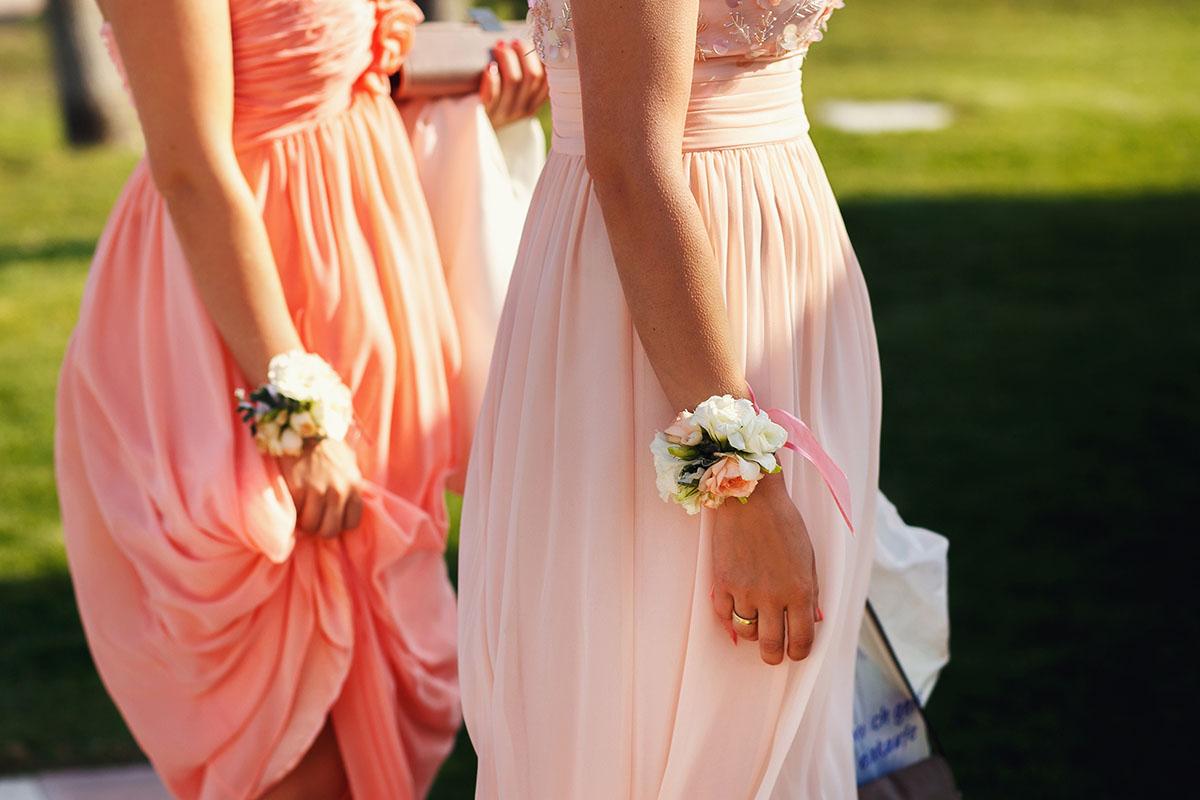 8488ef6fddd5a05 Цвета и Фасоны Красивых Платьев Для Подружек Невесты 2018