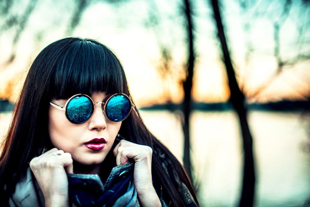 Cолнцезащитные очки с круглой оправой