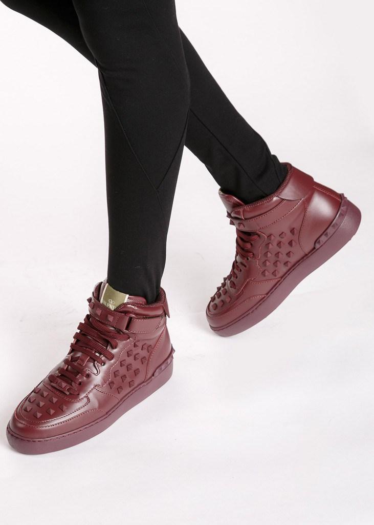 Стильные коричневые кроссовки