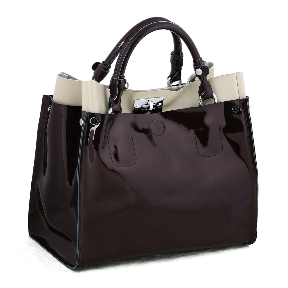 Темная лакированная сумка