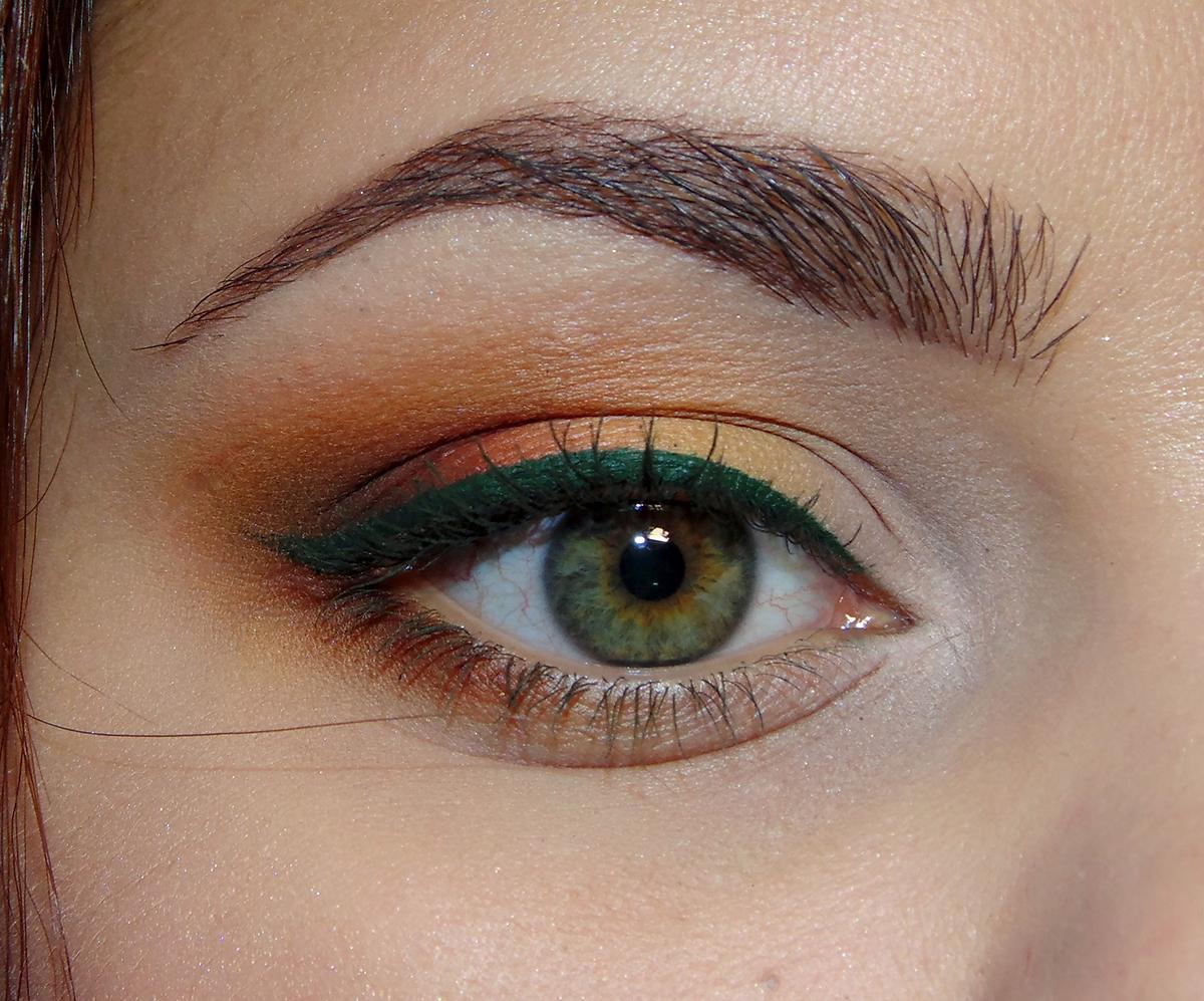 Макияж глаз для рыжих с серо-зелеными глазами фото пошагово в