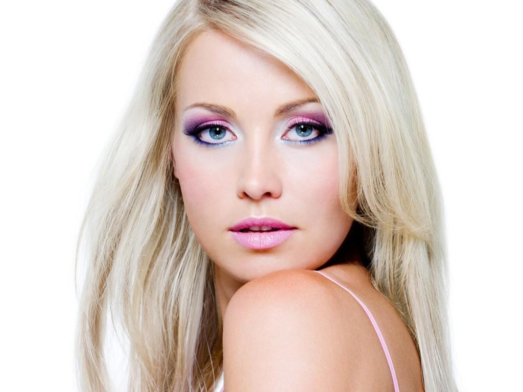Макияж для голубых глаз для блондинки