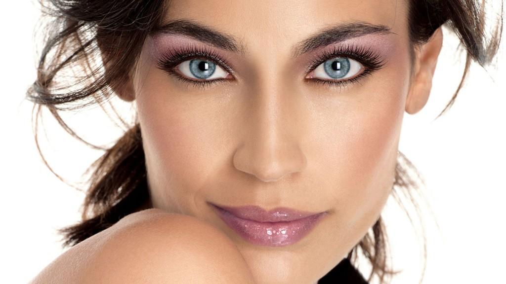 Восточный макияж для голубых очей