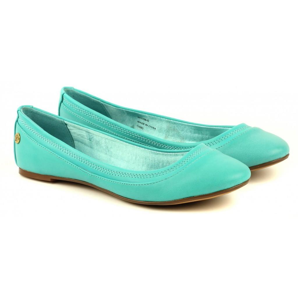 Модные зеленые балетки