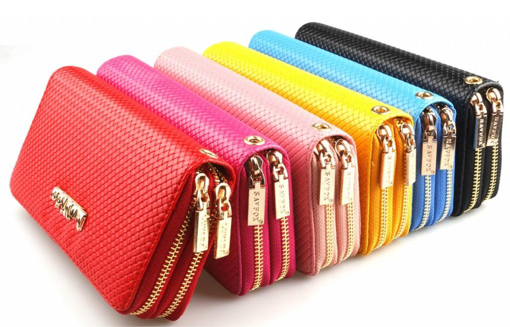 Разноцветные модные кошельки