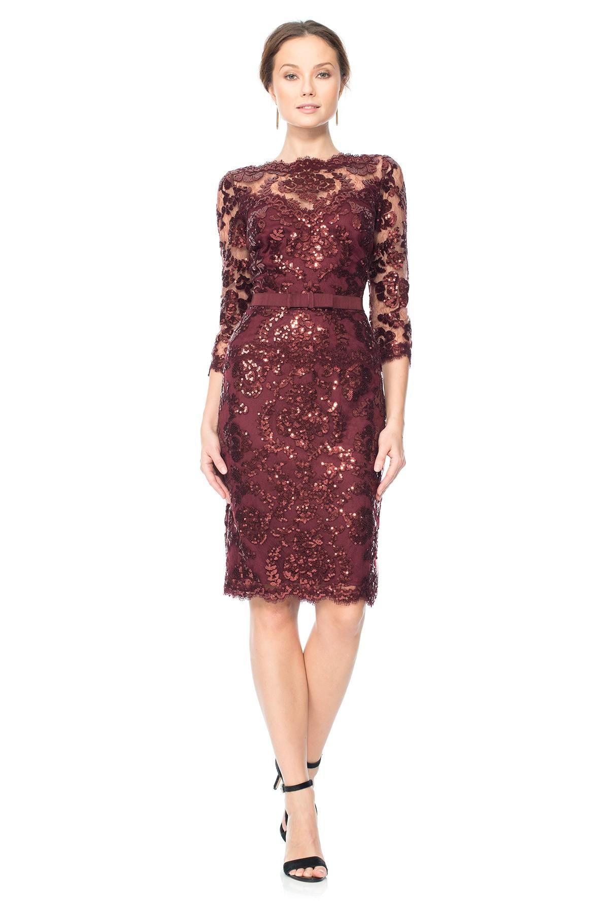 Кружевное платье марсала