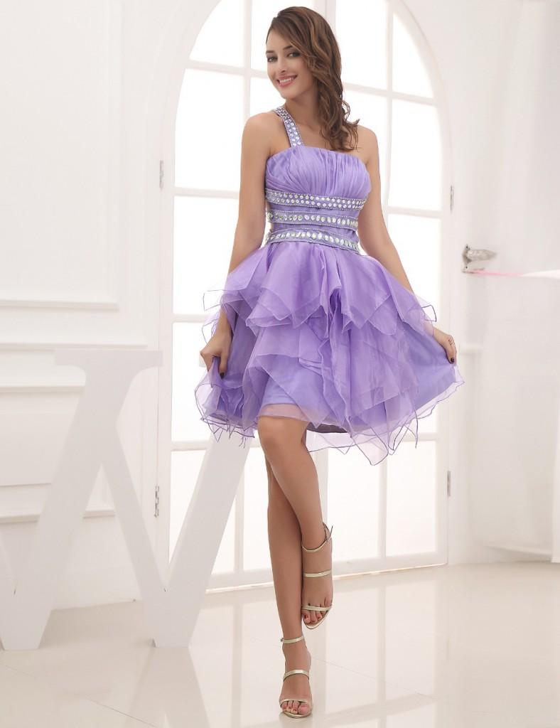 Сиреневое коктейльное платье с пышной юбкой