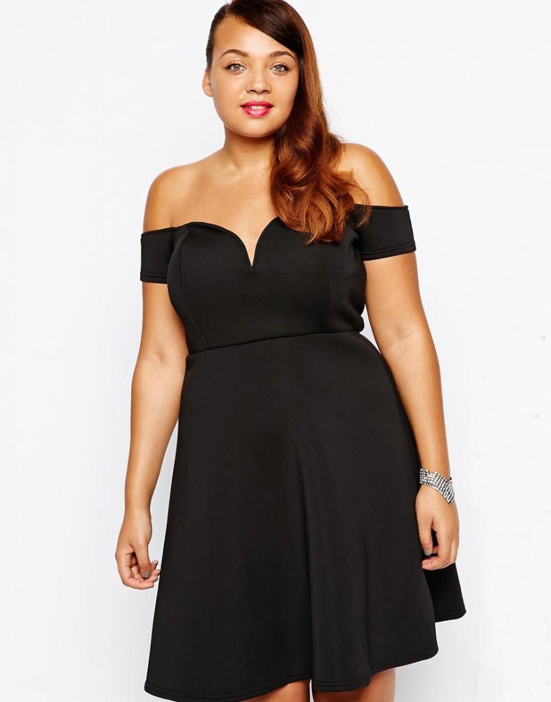 Черное платье с открытыми плечами для полных девушек
