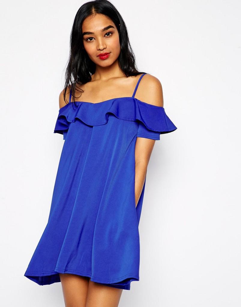 Синее платье-туника с открытыми плечами
