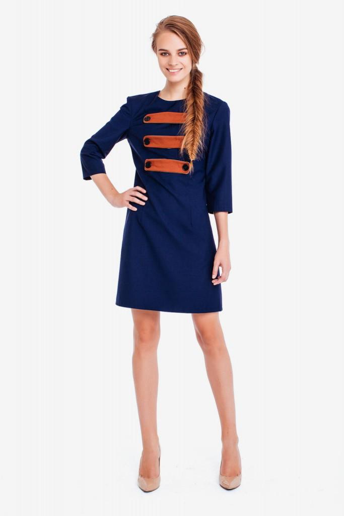 Короткое синее платье с коричневыми вставками