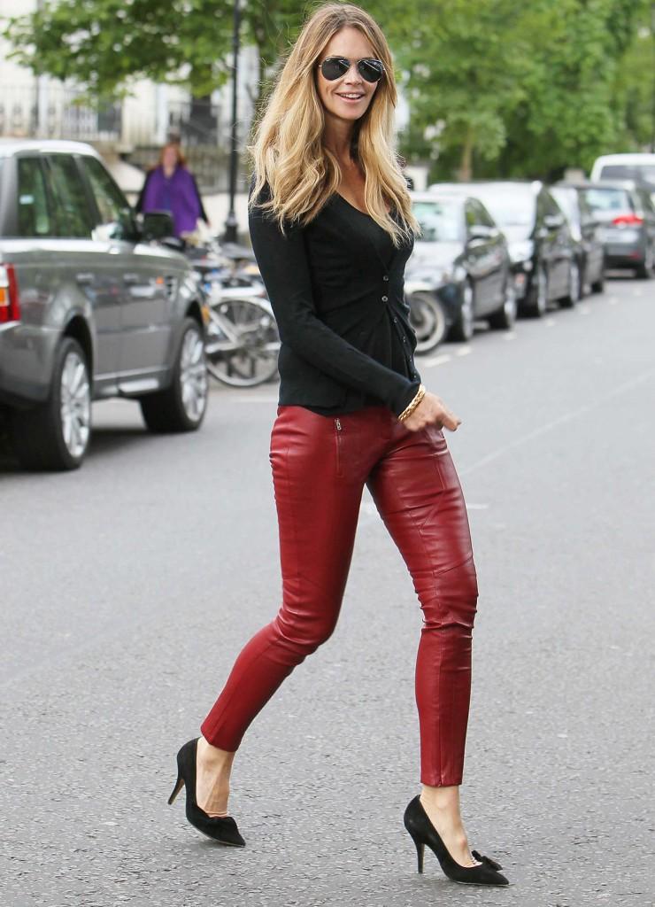 Женские красные кожаные брюки