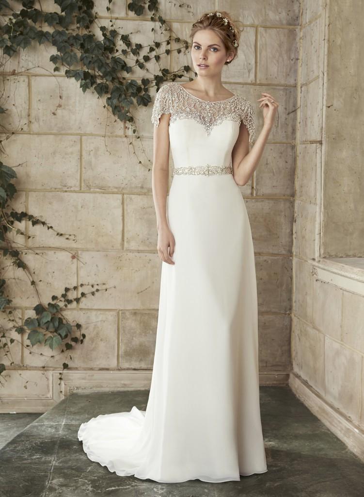 Свадебное платье в греческом стиле с узорчатым верхом