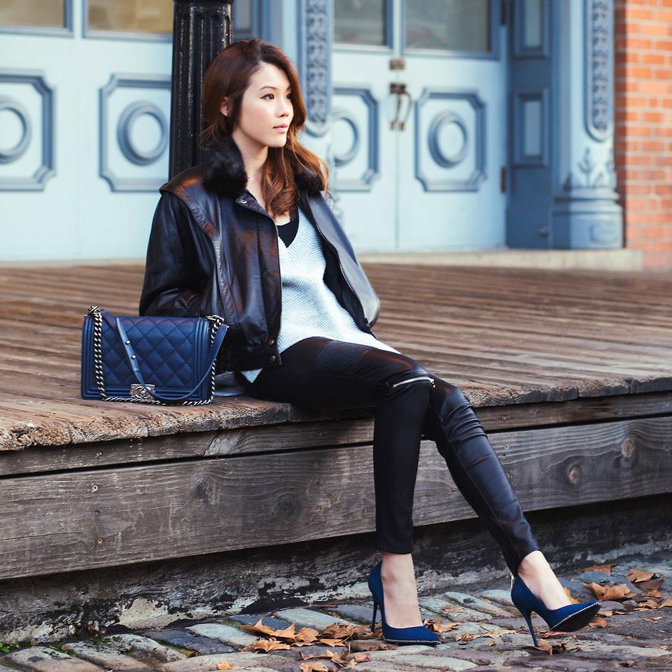 Модная черная кожаная куртка