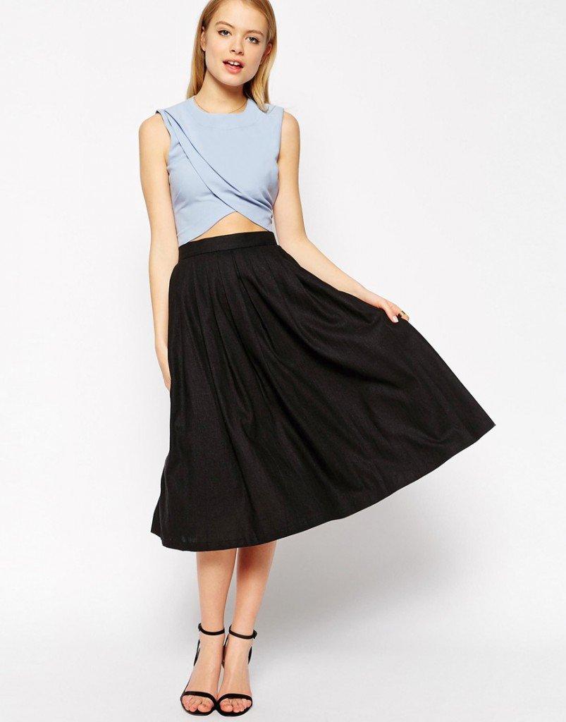 Длинная черная юбка в складку