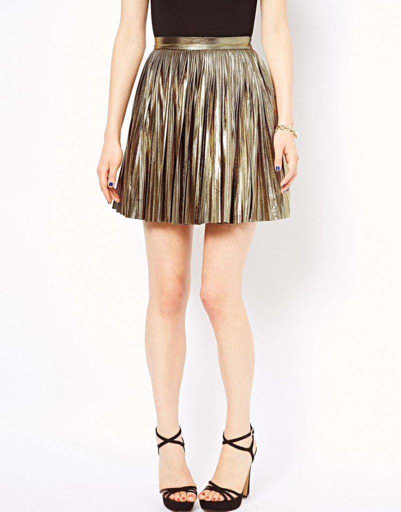 Золотистая юбка в складку