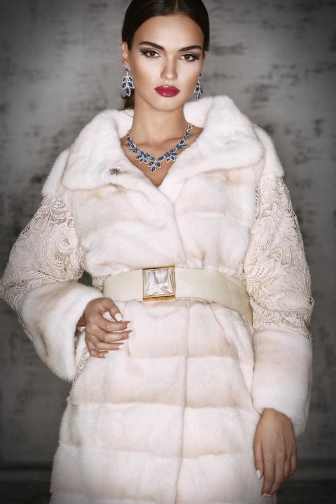 Модная норковая белая шуба