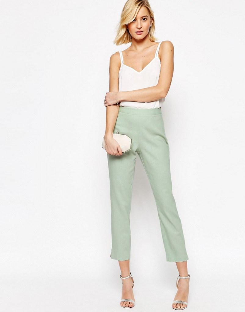 Салатовые брюки из льна