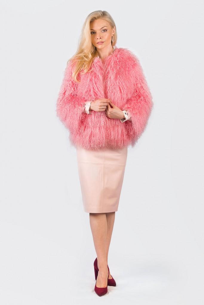 Розовая шуба из ламы