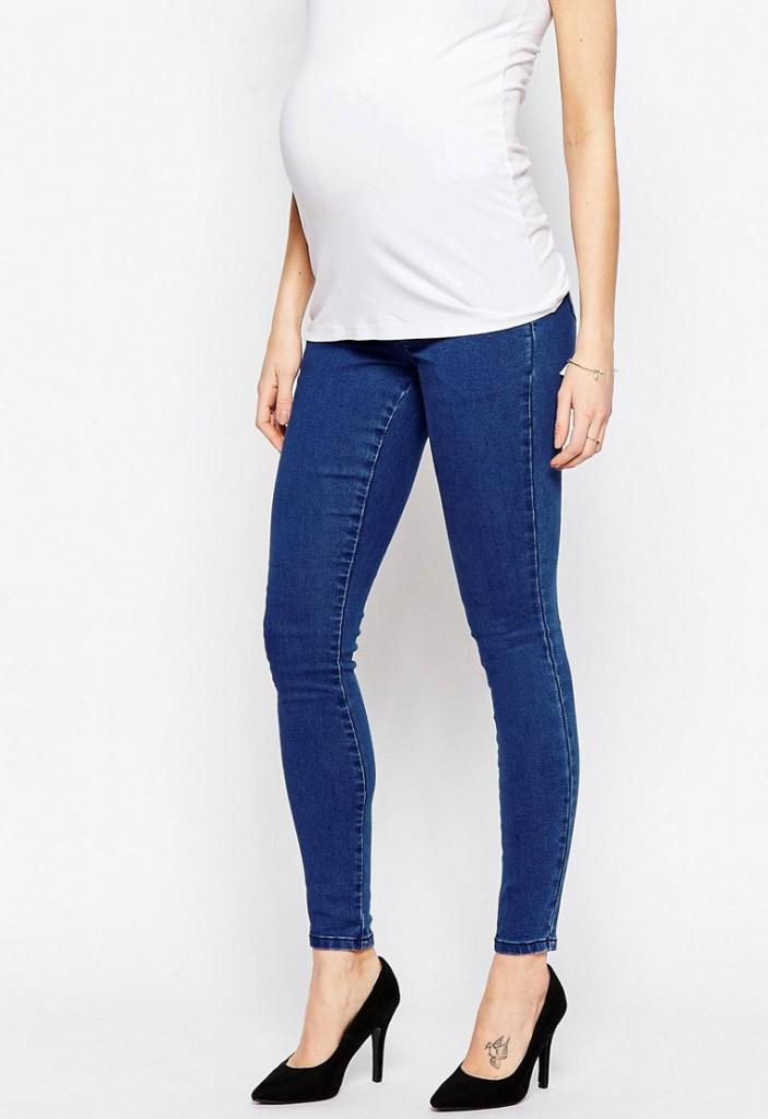 Модные джинсы скинни с дырками для беременных женщин