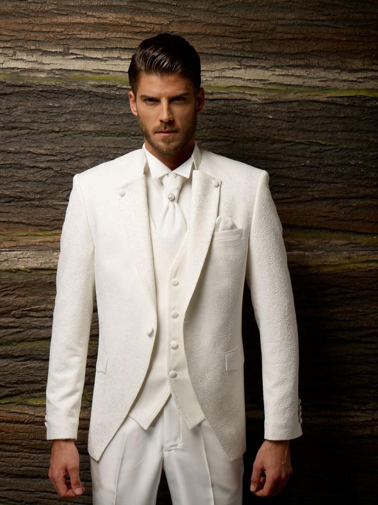 Модный фасон мужского костюма