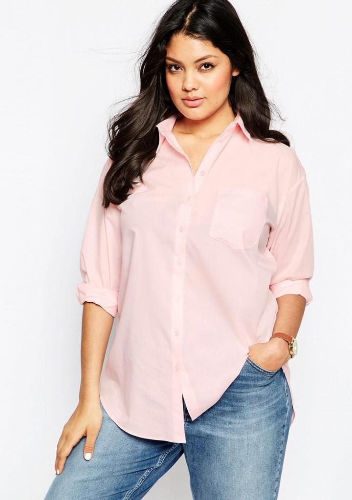 Нежно розовая рубашка для полных женщин