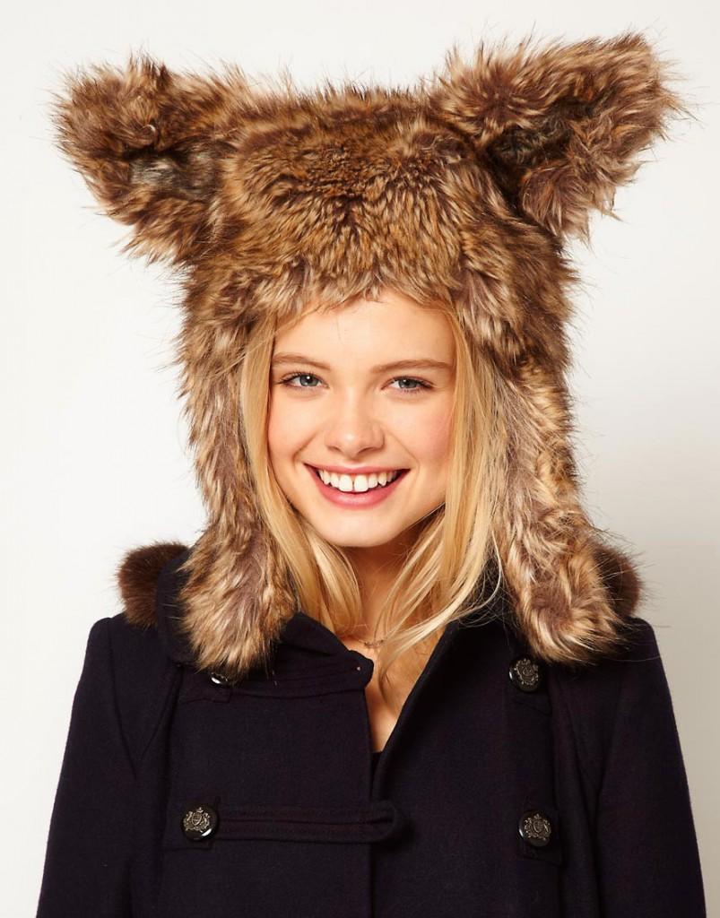 Зимняя модная женская шапка с ушками