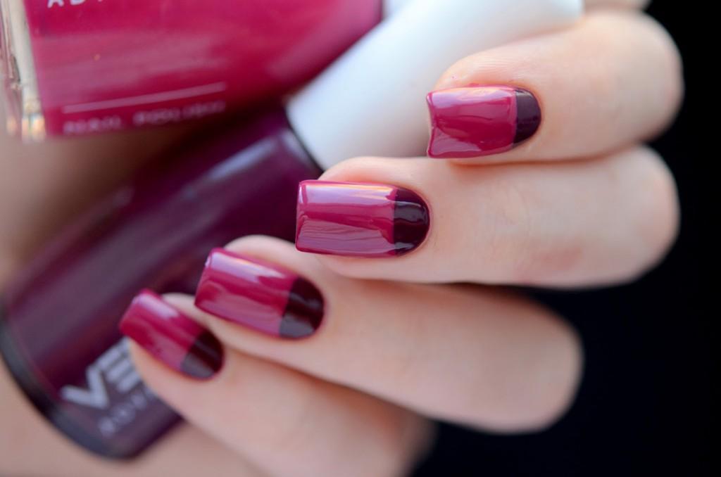 Бордово-розовый лунный маникюр