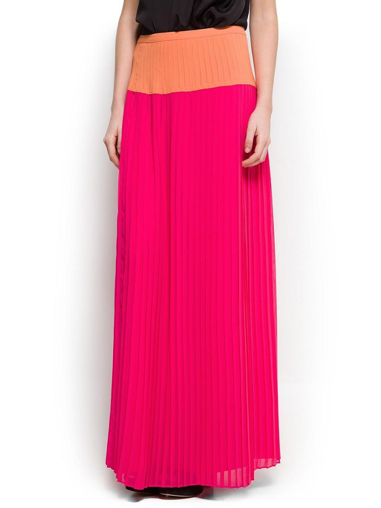 Розовая шелковая длинная юбка