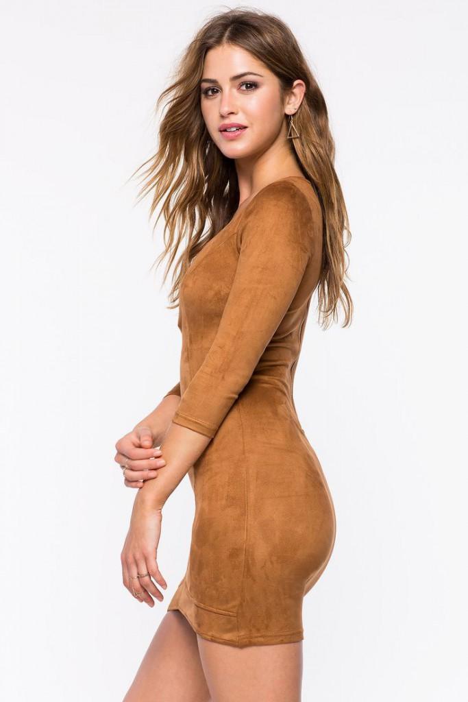 Замшевое обтягивающее платье