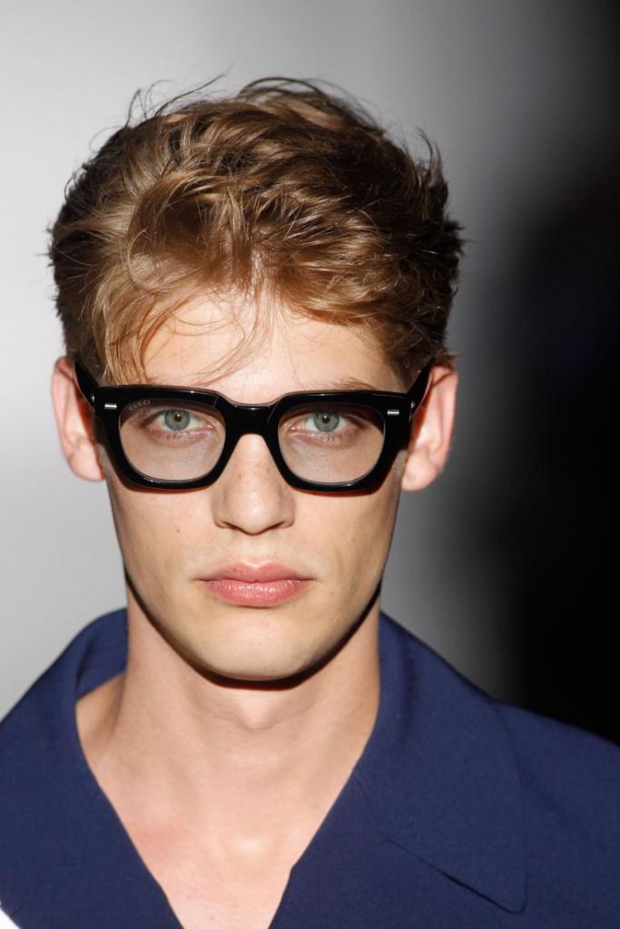 Стильные черные мужские очки