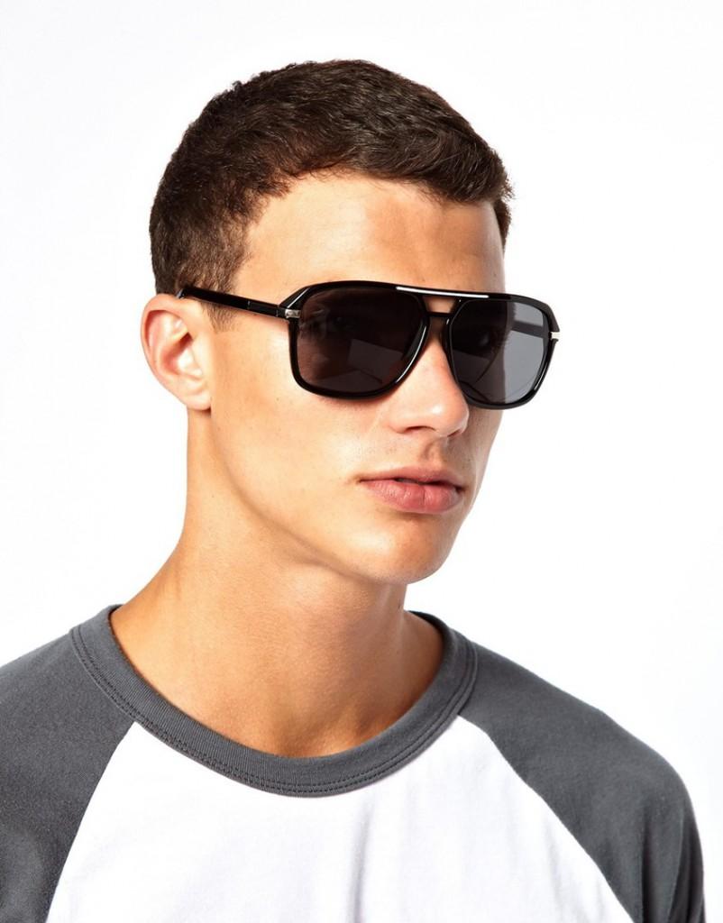 Большие черные мужские очки