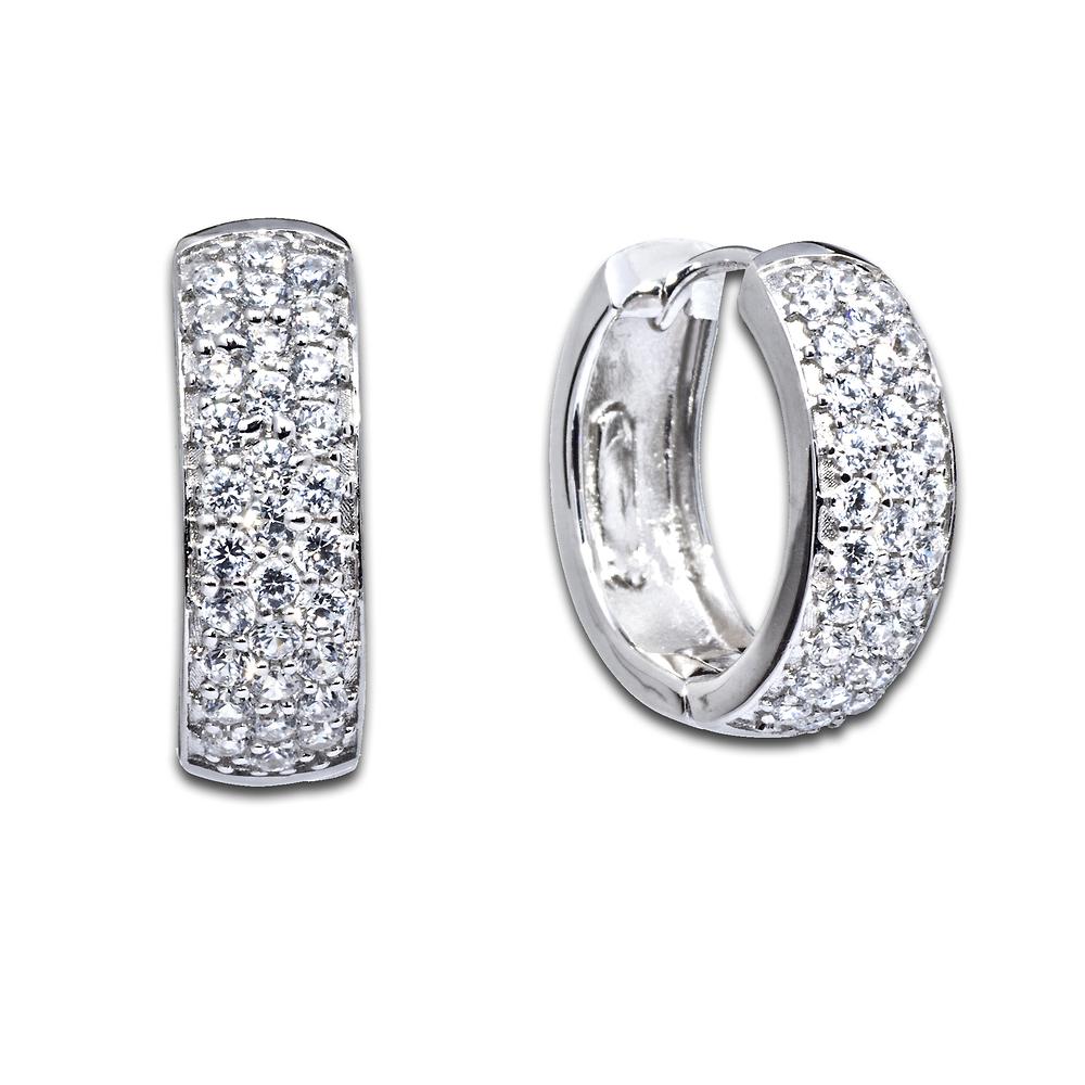 Маленькие серьги конго с бриллиантами