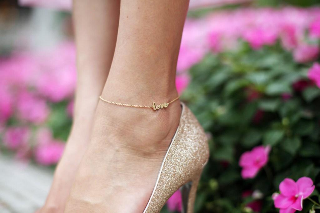 Красивые браслеты на ногу